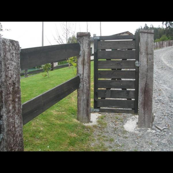 Agromarket s l puertas y cancillas - Estacas de madera para cierres ...
